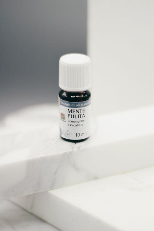olio essenziale mente pulita