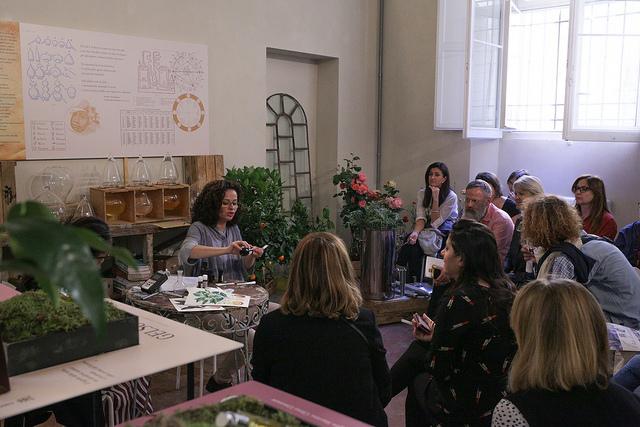 Barbara Pozzi - Olfattiva -corso aromaterapia