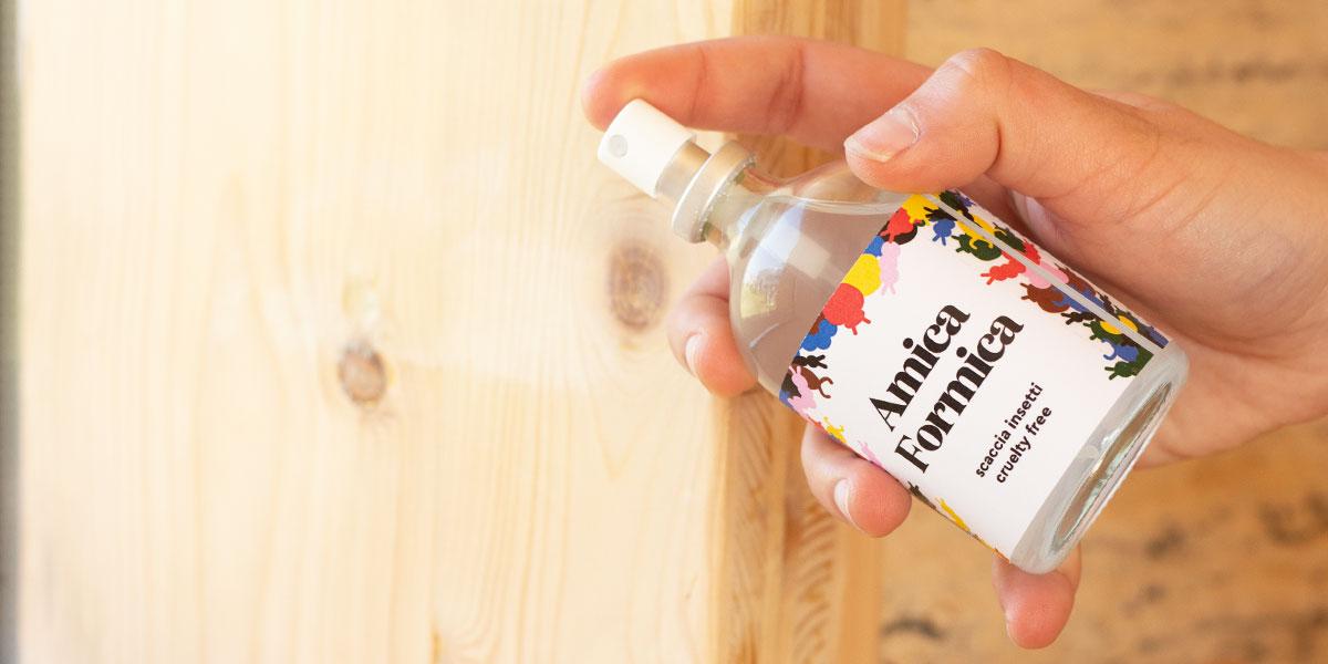 Repellente naturale per formiche