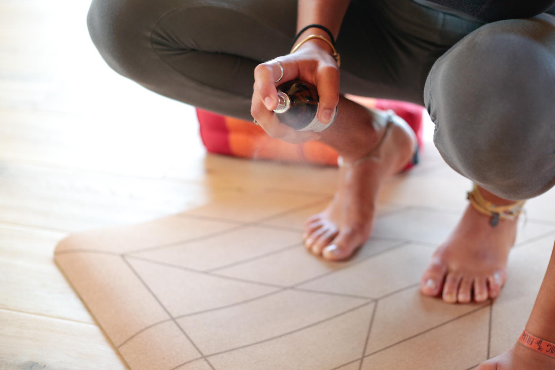 spray pulizia tappetino